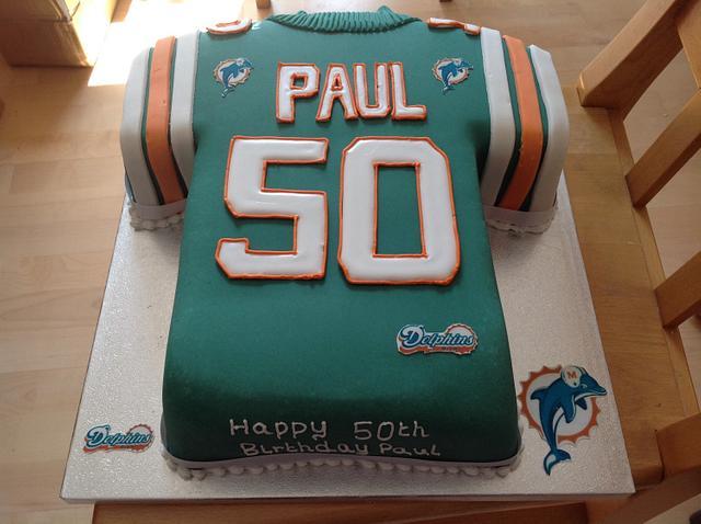 Stupendous Miami Dolphins Birthday Cake Cake By Iced Images Cakes Cakesdecor Personalised Birthday Cards Paralily Jamesorg