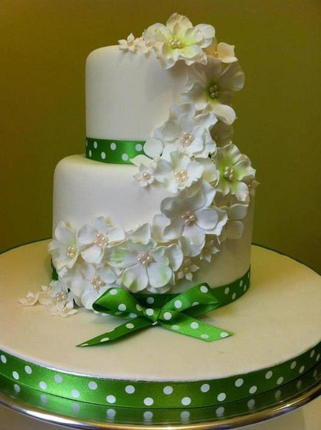 2 Tier Green Floral Cake