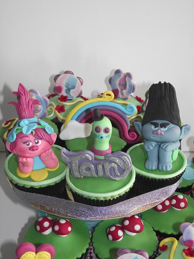 cupcake trolls