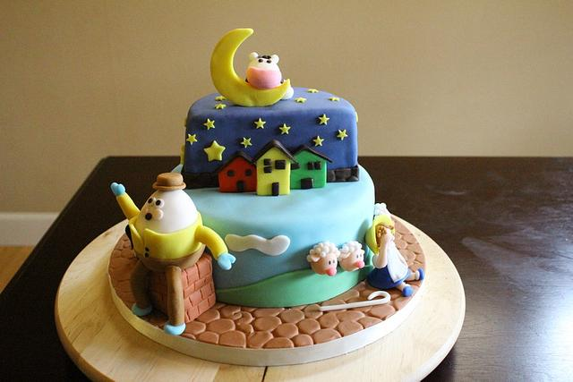 Nursery ryhme shower cake