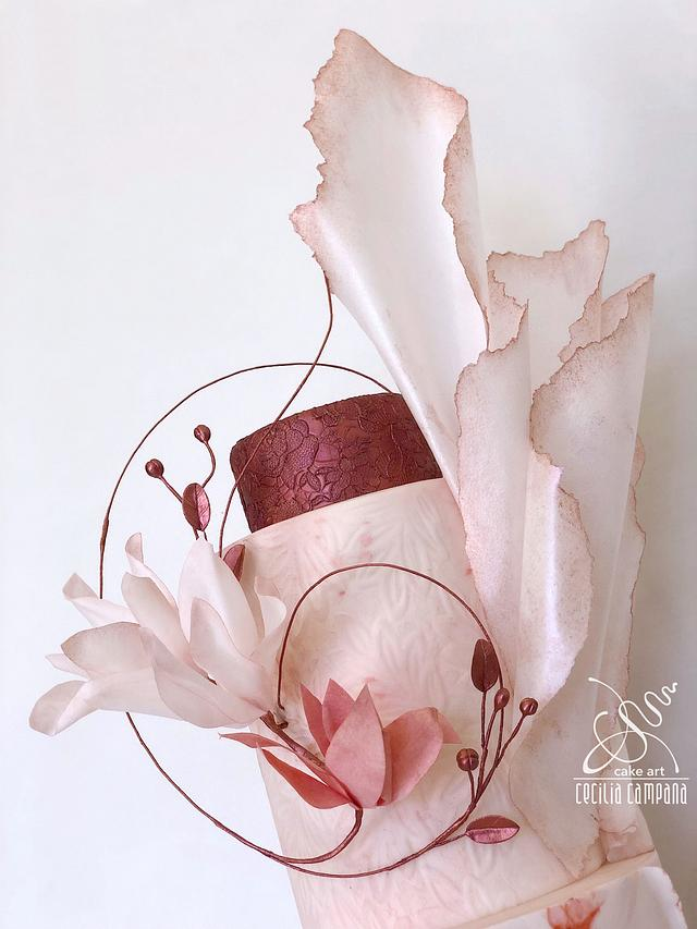 Dreaming rose wedding cake