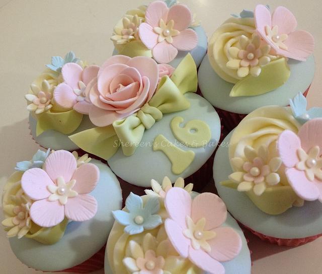 Sweet 16 Cupcakes