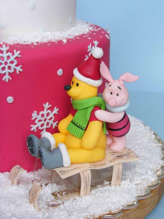 Winnie the Pooh Christmas cake