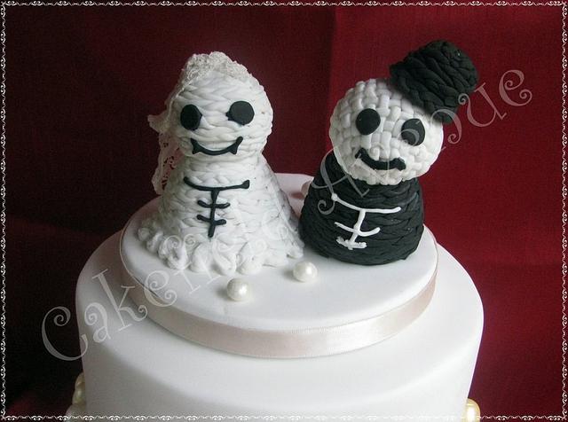 Knitted Effect Topper Alternative Wedding Cake