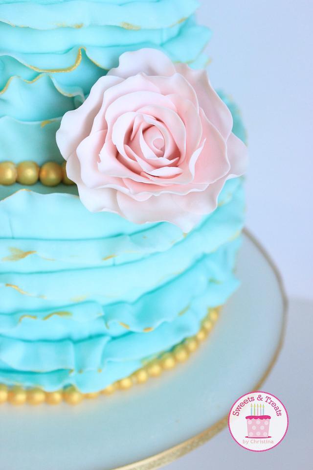 Ruffles and roses cake