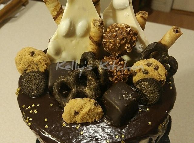 "6"" surprise birthday cakes"