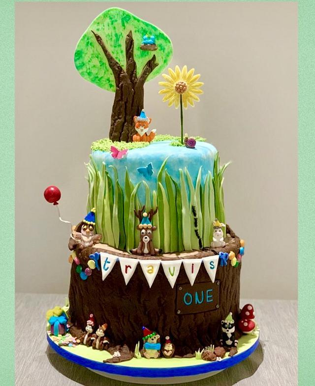 Woodlands 1st Birthday Cake Tree Trunk