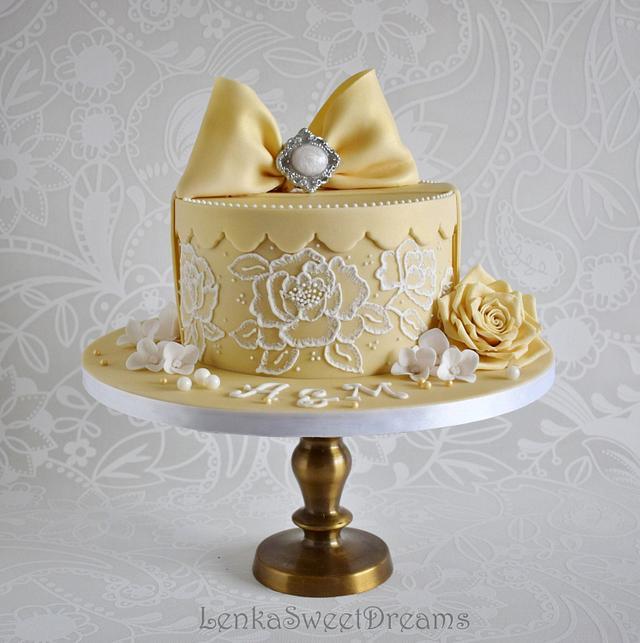 A sweet gift box cake.