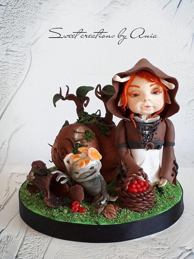 girl snail - miniature