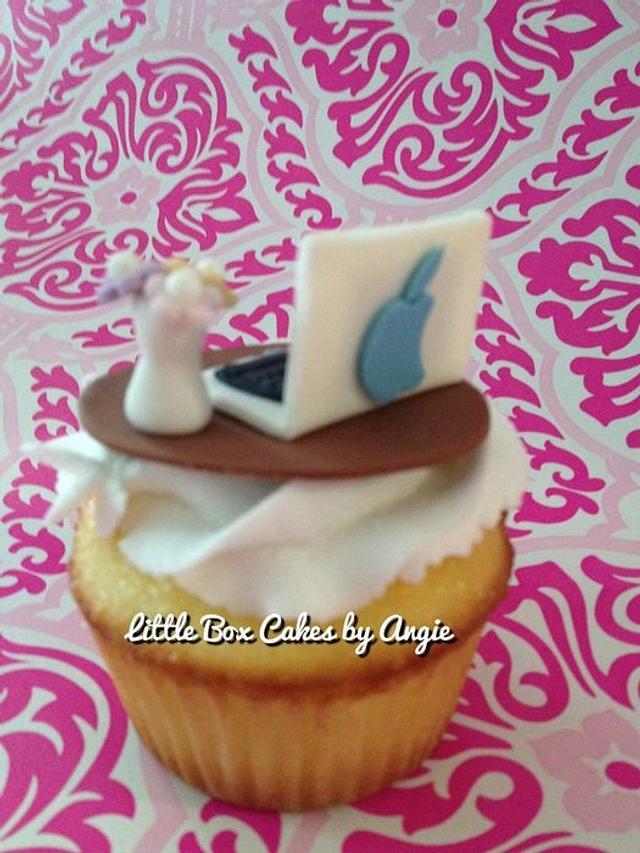Accounting Week Cupcakes
