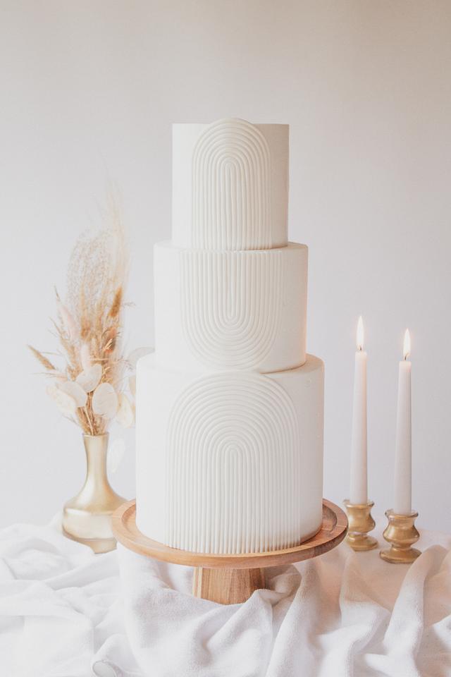 Boho modern wedding cake