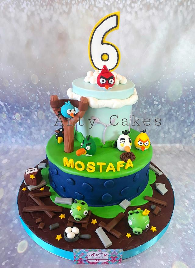 Angry bird cake by Arty cakes