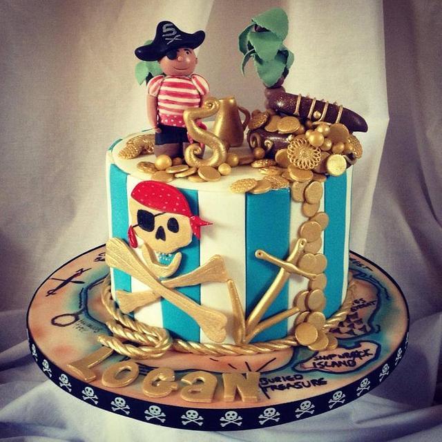 Boys Pirate themed cake
