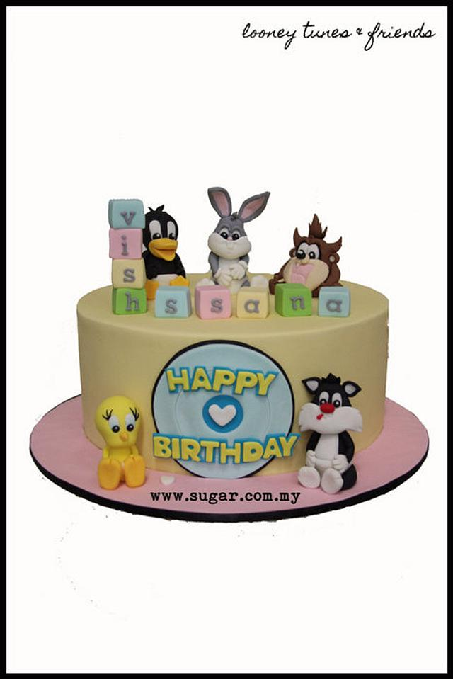 Looney Tunes & Friends