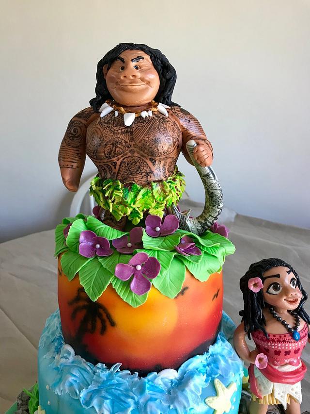 Maui & Moana cake