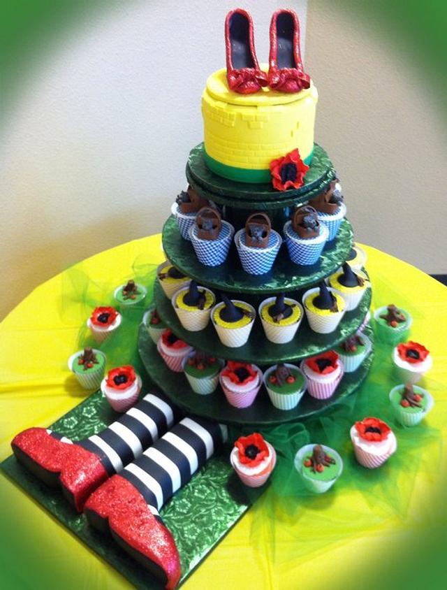 Super Wizard Of Oz Cupcakes And Cake Cake By Skmaestas Cakesdecor Funny Birthday Cards Online Bapapcheapnameinfo