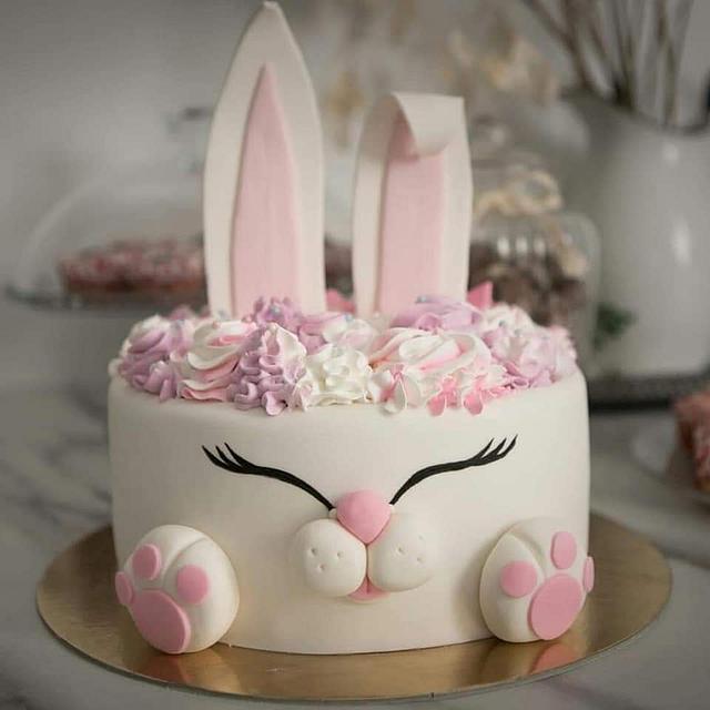 Peachy Bunny Birthday Cake Cake By Tea Latin Cakesdecor Birthday Cards Printable Inklcafe Filternl