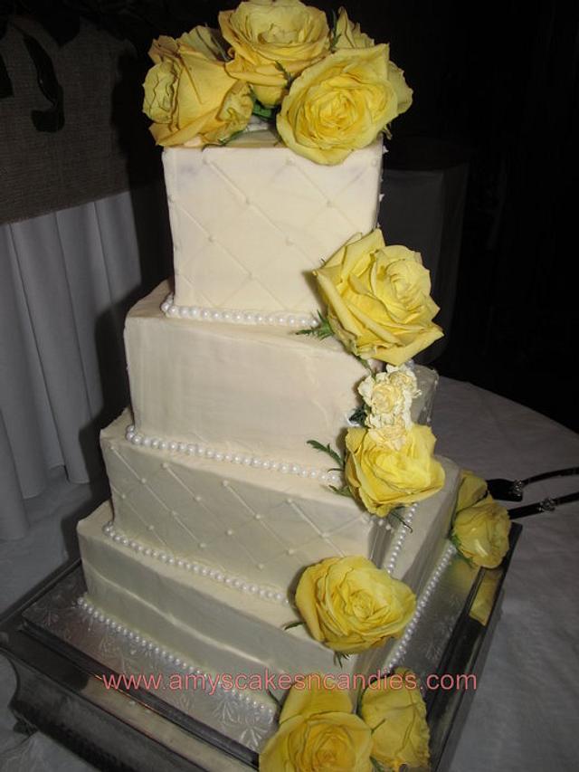 Slighlty Twisted Square wedding cake