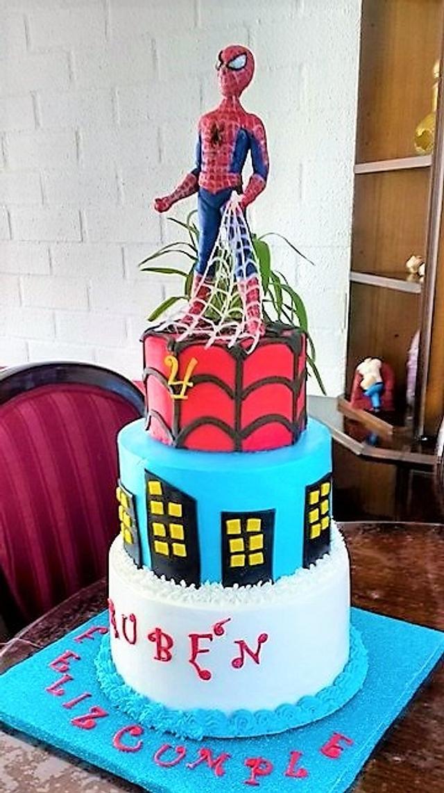 Spider man design cake