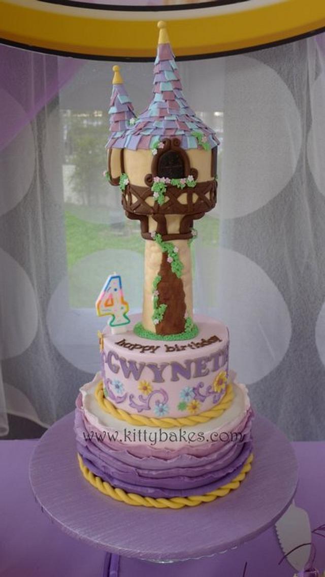 Tangled Rapunzel Cake