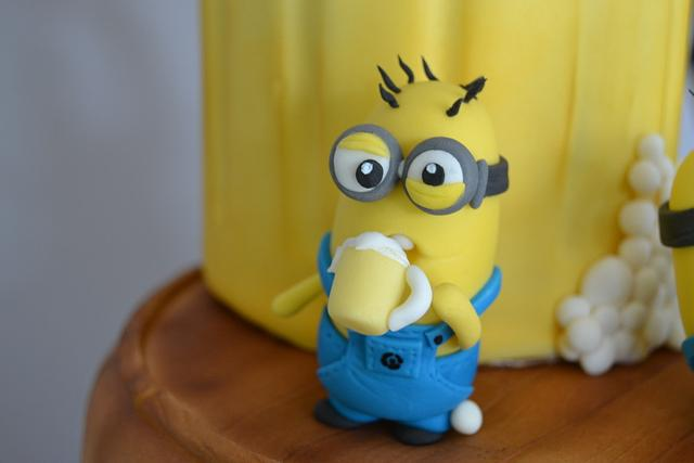Beer drinking minions!