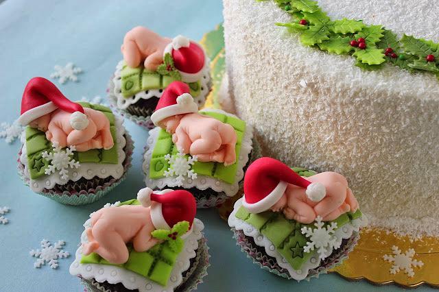Christmas  baby cupcakes