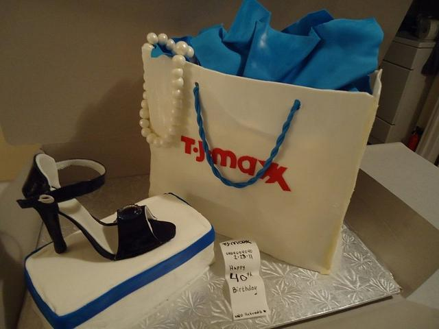 Shopping bag and shoe