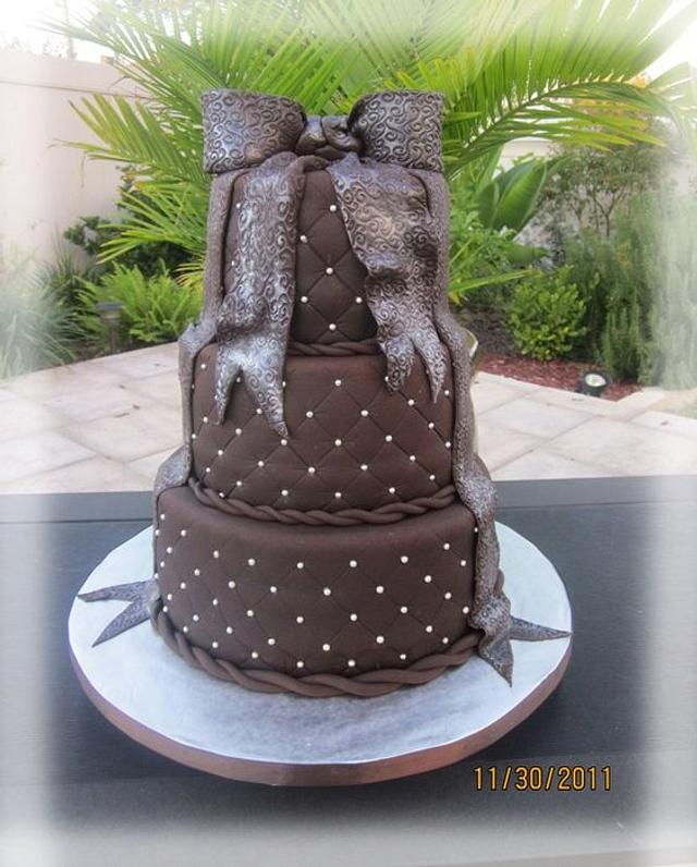 3 tiered quilted chocolate fondant cake