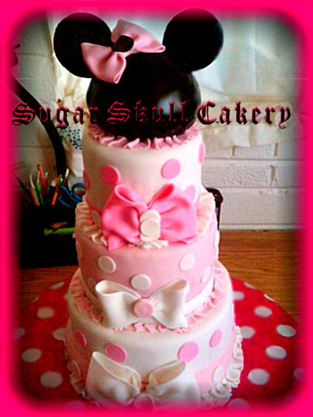 Minnie Mouse themed Cake