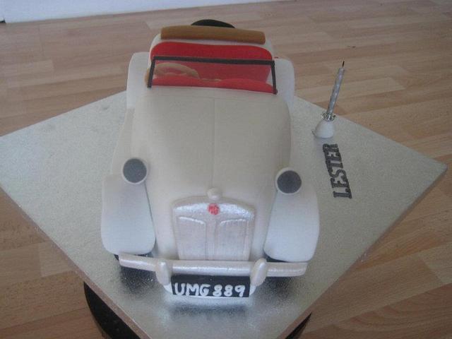 Vintage MG Car cake