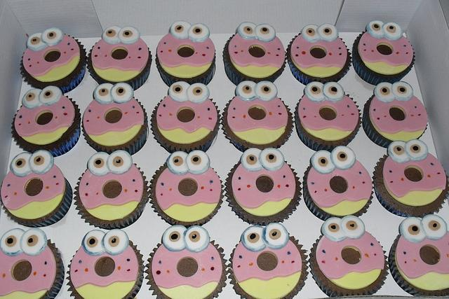 oddie cupcakes