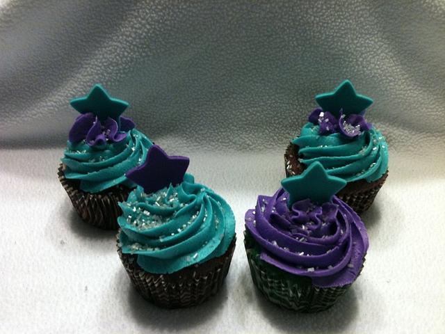 Elite Cheer cupcakes