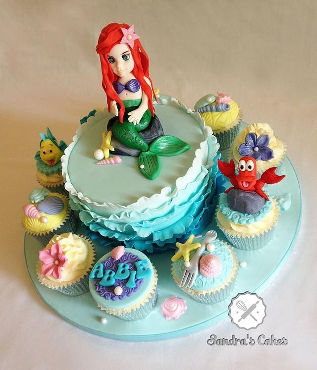 Little Mermaid cake & cupcakes
