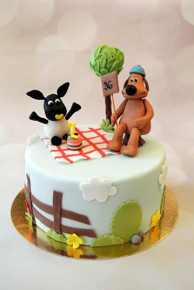 Shaun the sheep theme cake