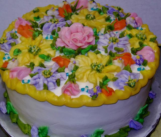 Cheerful buttercream birthday cake