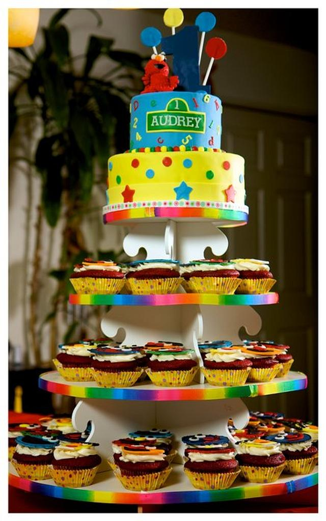 Sesame Street 1st birthday cupcake tower