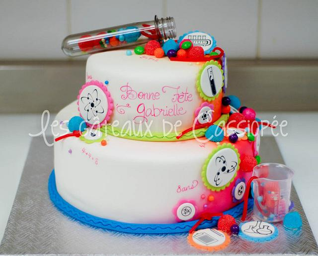 Marvelous Science Themed Cake Cake By Helene Brunet Cakesdecor Funny Birthday Cards Online Elaedamsfinfo