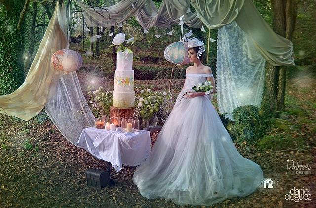 """""""The wild roses garden at the enchanted forest"""" wedding cake"""