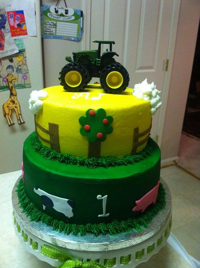 John Deere/Farm Animal Cake