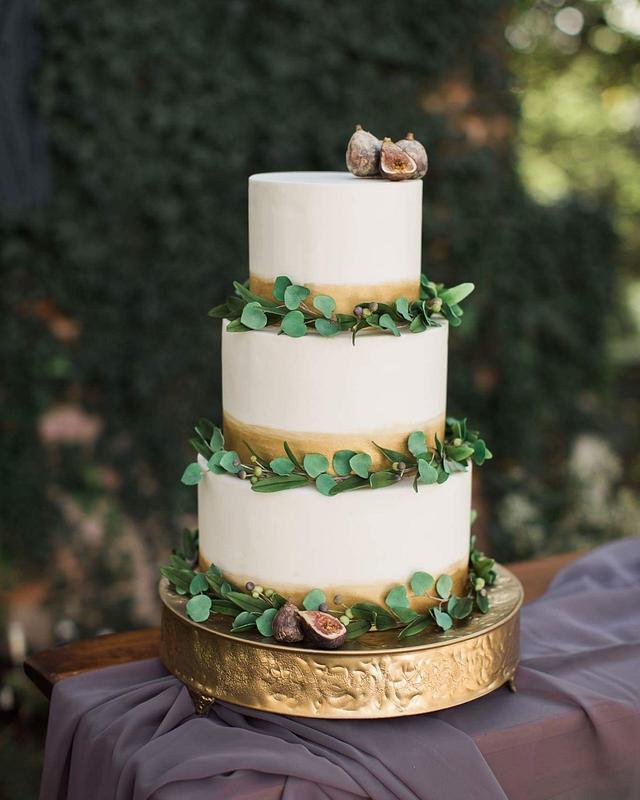 Boho rustic wedding cake
