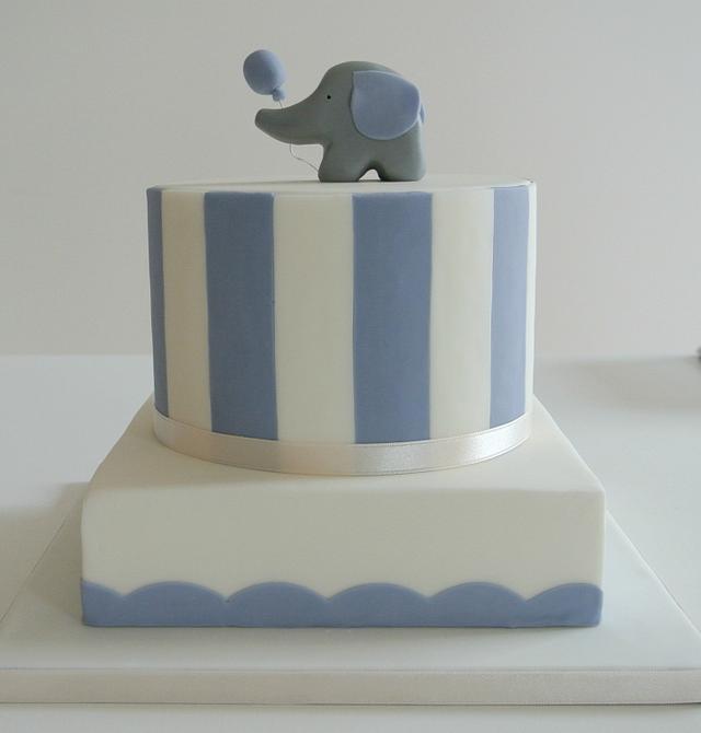 Cake with elephant :)