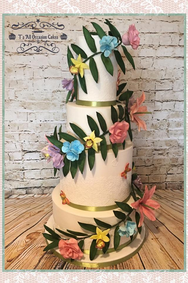 Flower garland wedding cake