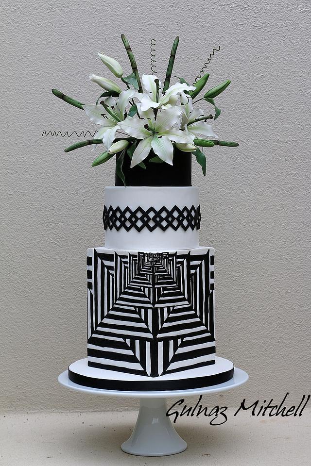 Black and white illusion cake