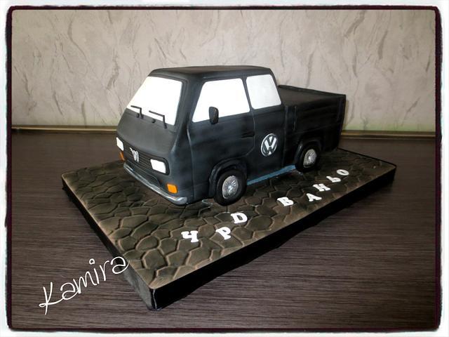 WV bus cake