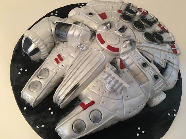 Millennium falcon cake!