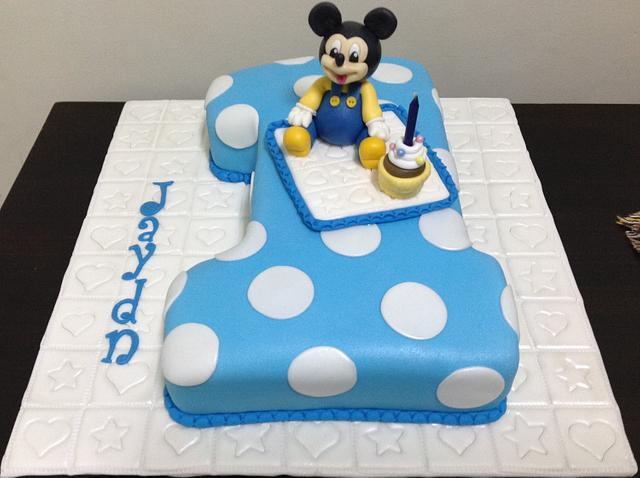 Miraculous 1St Birthday Mickey Mouse Cake Cake By Mariastubbs Cakesdecor Personalised Birthday Cards Veneteletsinfo