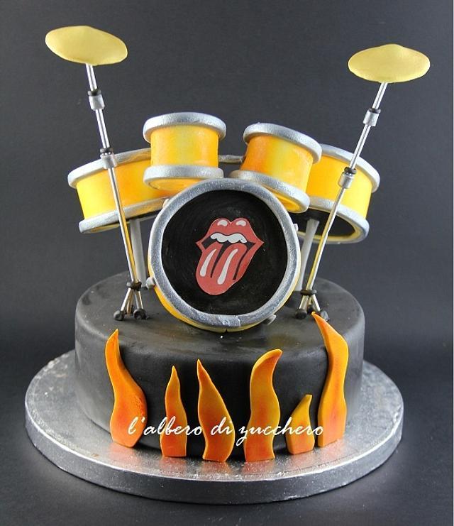 Drum cake topper