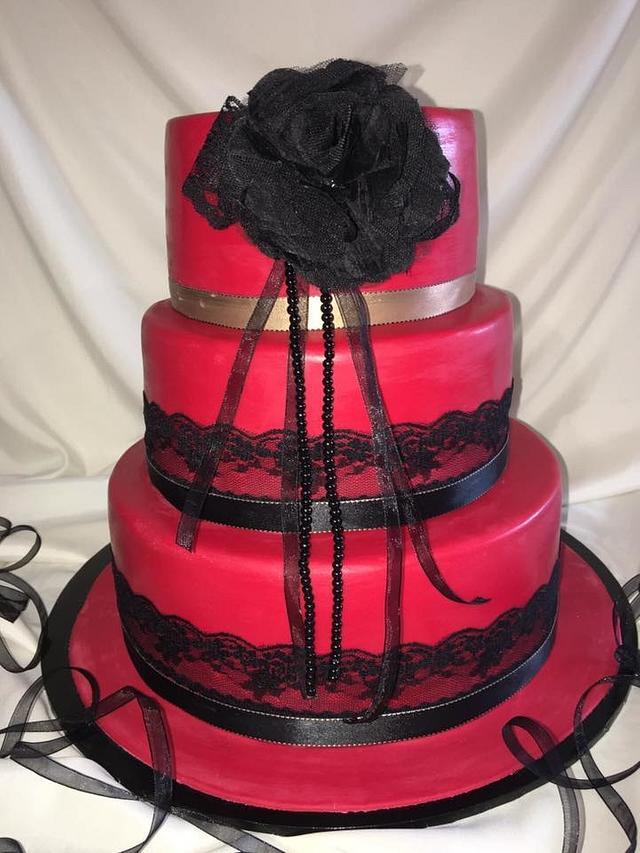 Stunning Red Wedding Cake