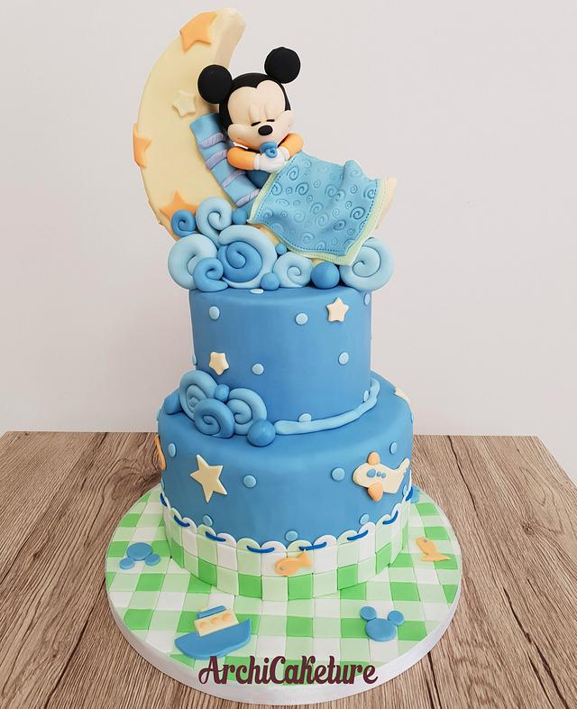 Baby Mickey Mouse Cake <3