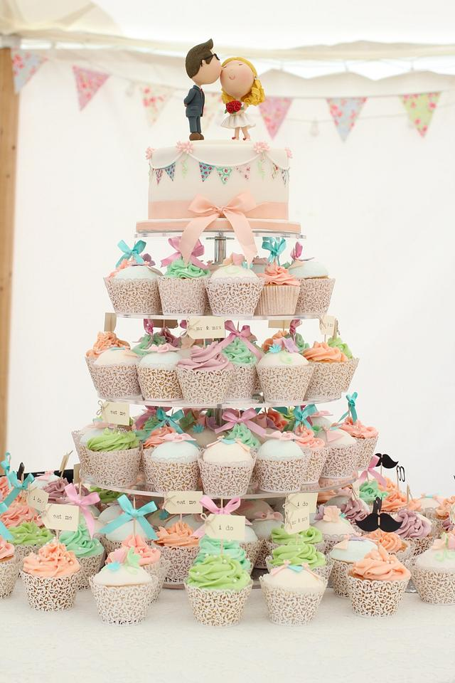 Pretty Bunting Theme Wedding Cake and Cupcakes